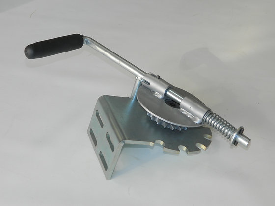 Manual Crank Assembly for Bow System