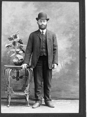 Abraham in Montreal, shortly after his arrival in Canada, ca. 1908-1909. OJA, item 2529.