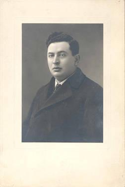 Portrait of Henry Dworkin, ca. 1925. OJA, fonds 10, item 32.