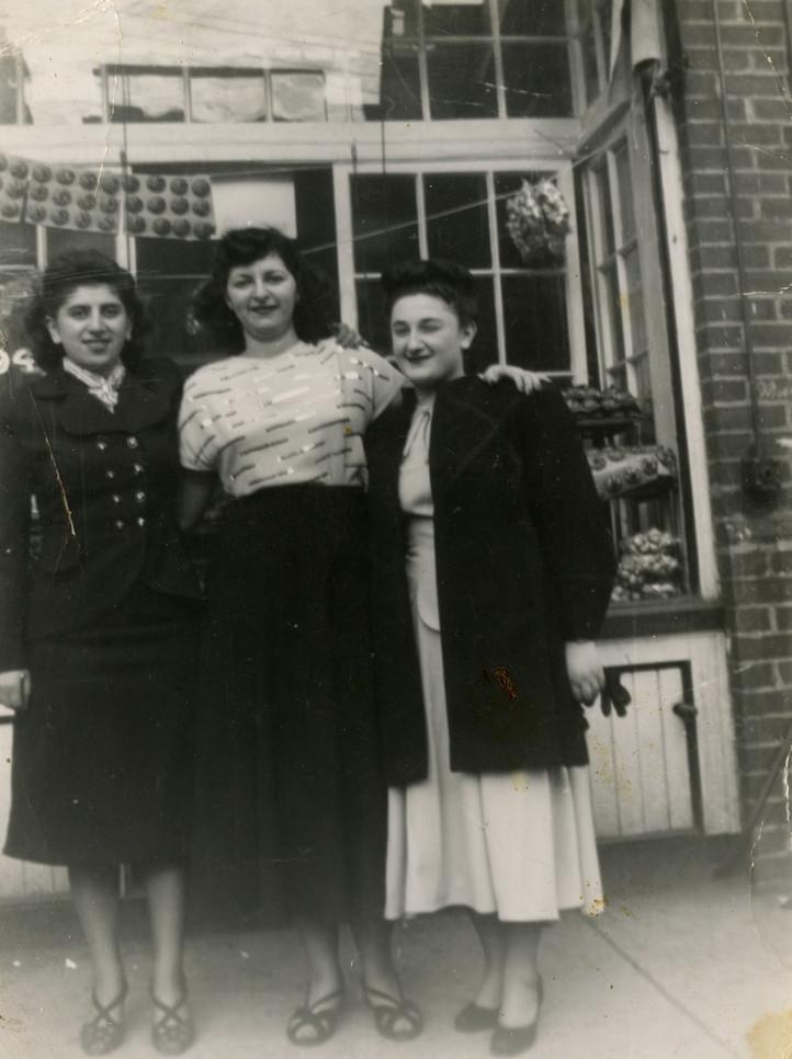 Sandy Shabinsky, Katie Lottman Grossman, and Ruth Berman (left to right), 172 Baldwin Street, 1930s. OJA, accession 2013-11-2.