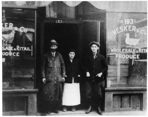 Joe, Bella, and Harry Nesker (left to right) in front of Nesker & Co, 193 Baldwin Street, ca. 1924. OJA, item 6705.