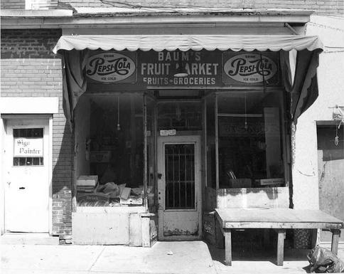 Baum's Fruit Market, 61 Kensington Avenue, 1985. OJA, item 4236.
