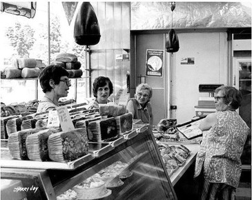 Three women working at Lottman's Bakery at its 181 Baldwin St. location. OJA, accession 2013-11-2.