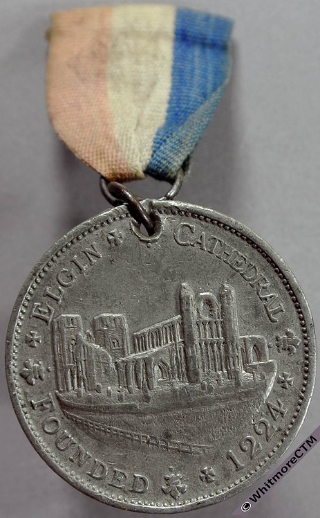Elgin 1924 Septcentenary of Cathedral Medal 33mm White metal. Pierced with ring