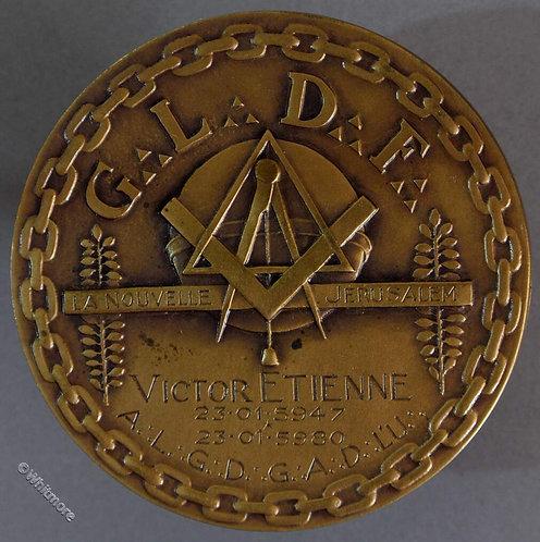 1980 Grand Lodge of France La Nouvelle Jerusalem Masonic Medal 55mm