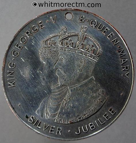 Kensington 1935 George V Jubilee Medal 38mm WE5736D - Silvered brass