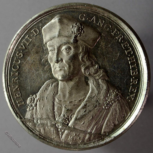 Henry VII B1437-19 Facing bust in cap/ Legend. By Thomason after Dassier W.M