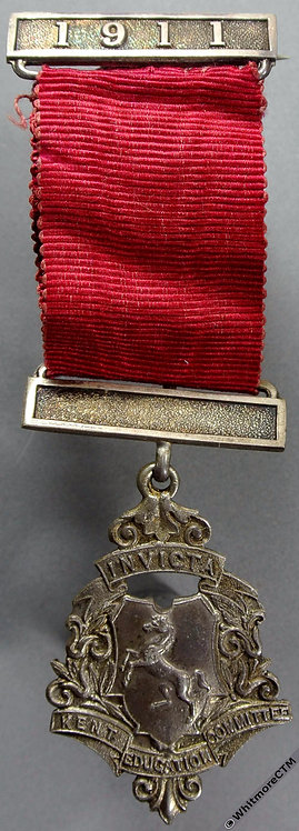 Kent 1911 Education Committee Attendance Medal 25x38mm D1080 Silver