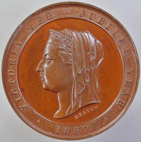 1887 Queen Victoria Golden Jubilee Medal 32mm B3248 By Heaton.Bronze