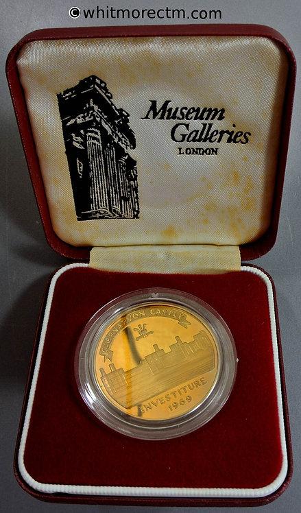 1969 Investiture of Prince Charles Medal case 37mm Caernarvon Castle. Gilt bronze