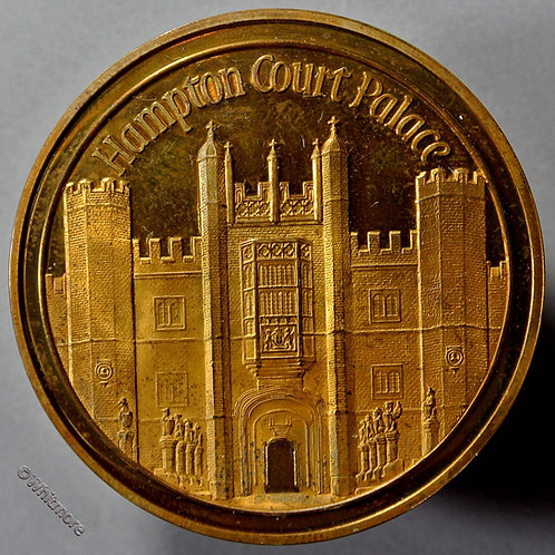 1975 Hampton Court Palace Medal 44mm Heritage Year Gilt bronze. Cased