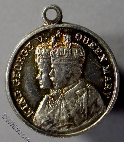 1935 Jubilee George V & Queen Mary Medal - silver 18mm WE5787