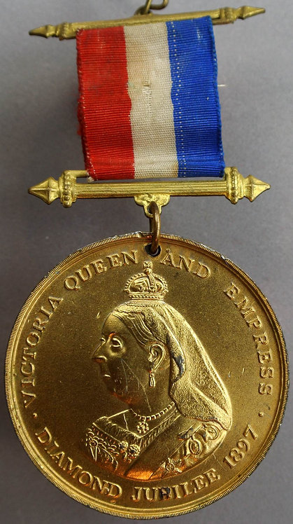 1897 Victoria Diamond Jubilee Medal 45mm B3563 By Sale, Gilt W.M.