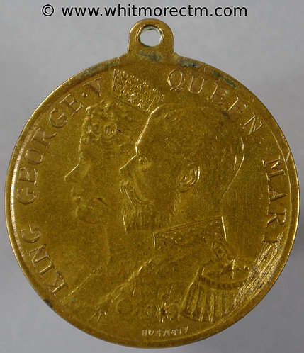 Rothesay Bute Scotland 1911 Coronation Medal obv 32mm WE5243HH Gilt brass