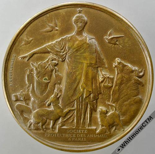 1900 France Paris 13th International Congress Medal 42mm horse, bull, dog, cat