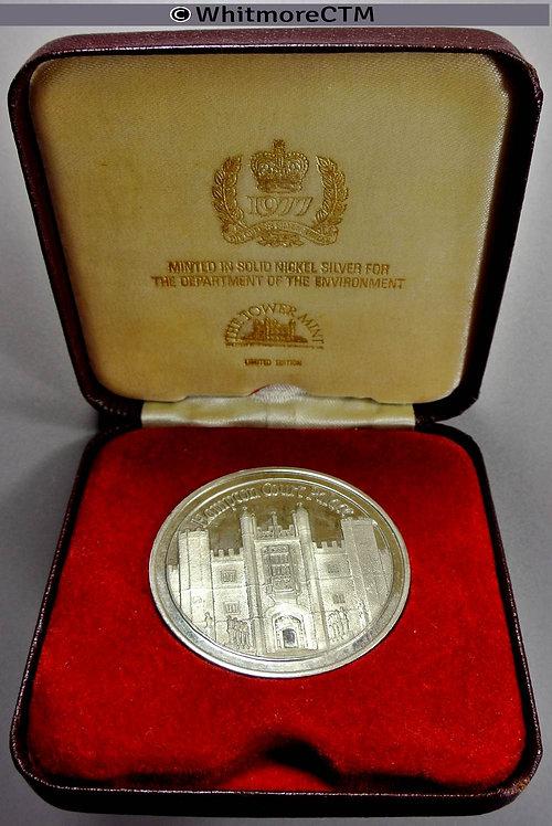 1977 Hampton Court Palace Silver jubilee Medal 44mm Cased Cupro nickel WE8818B