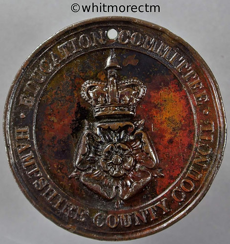 Hampshire County Council Education Committee Attendance Medal 39mm D820 Bronze