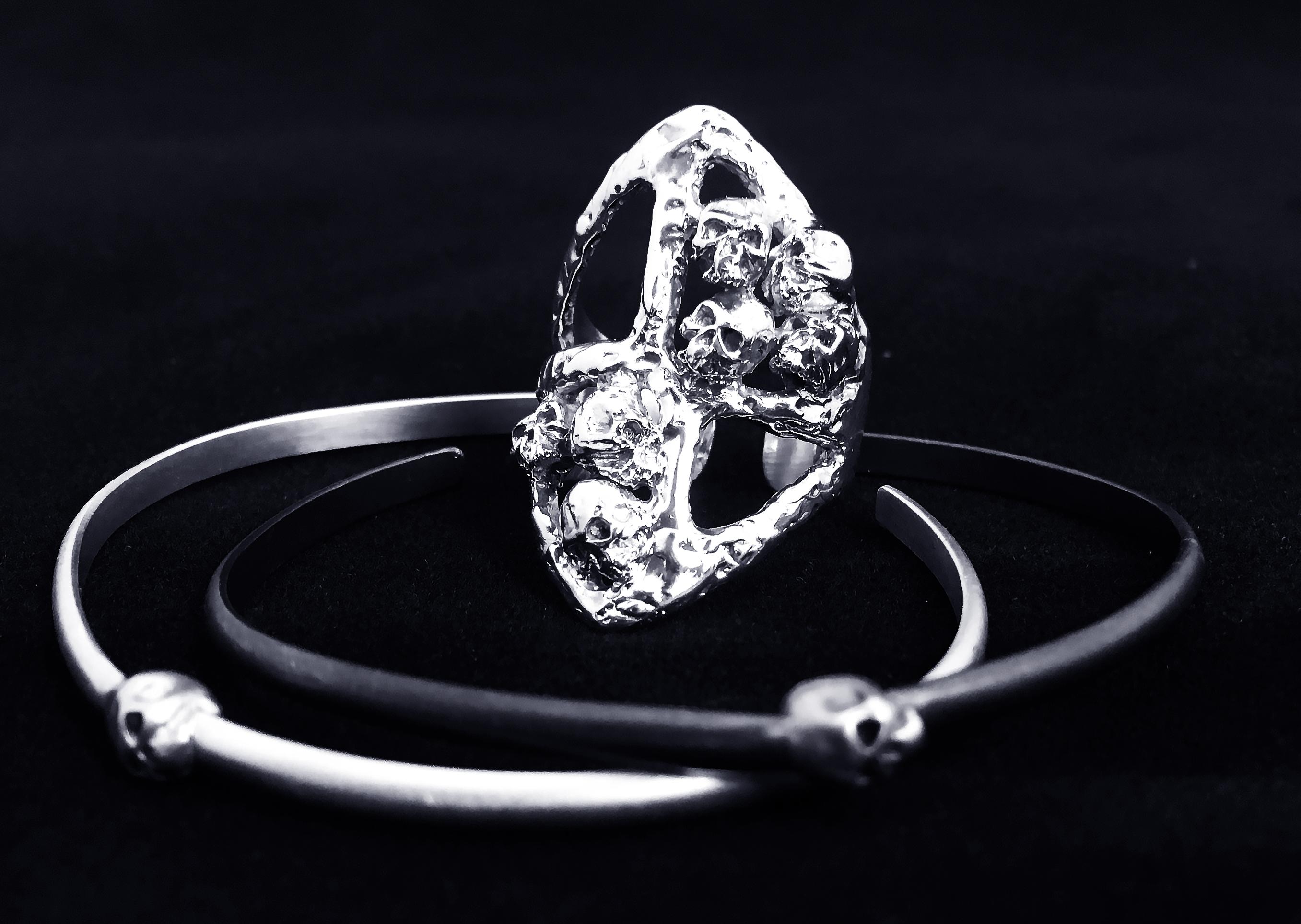Skull Ring & Cuff