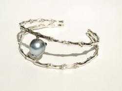 Tahitian Pearl Bone Bracelet