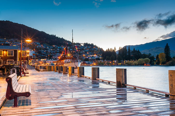 Lake Wakatipu at twilight, Queenstown, N