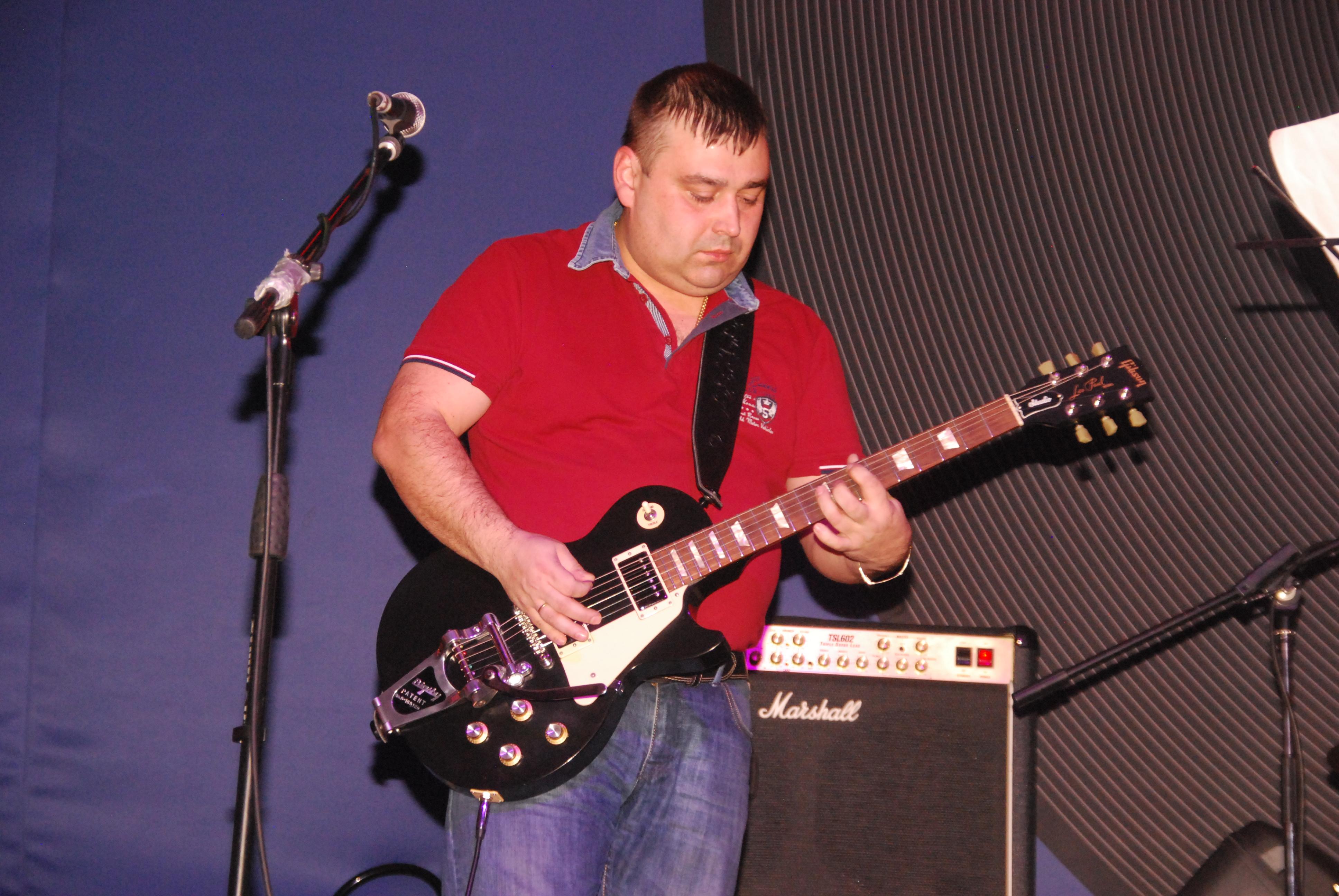 Стрельцов Роман