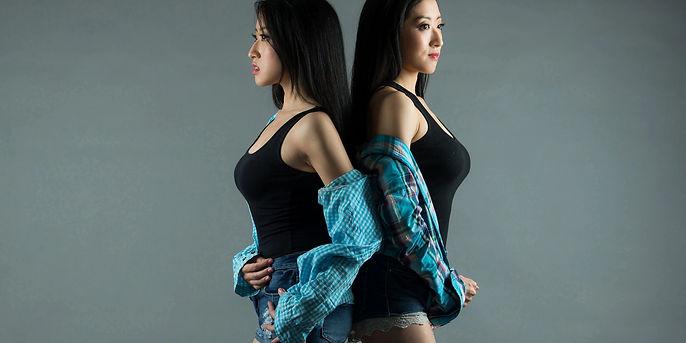 I.Con Twins