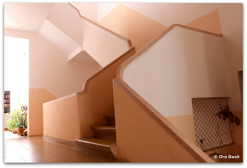 חדר מדרגות - בלוג דיי - יום הבלוג הבינלאומי - רשימת קריאה