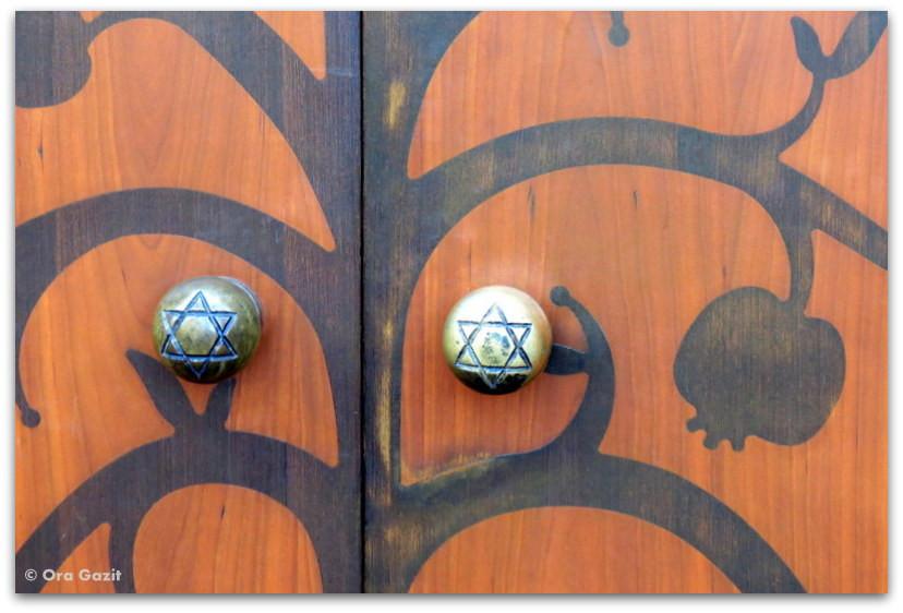 דלת בית הכנסת - טאלין, אסטוניה