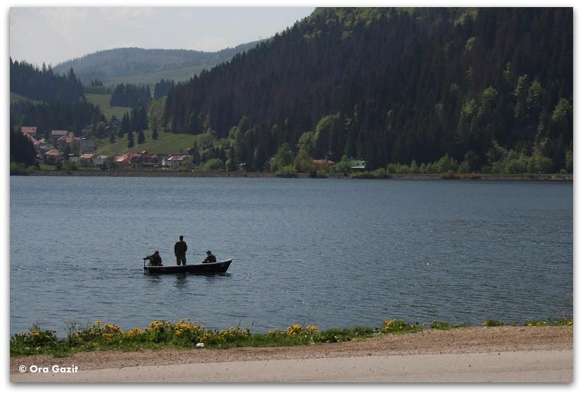 סירה באגם - סלובקיה