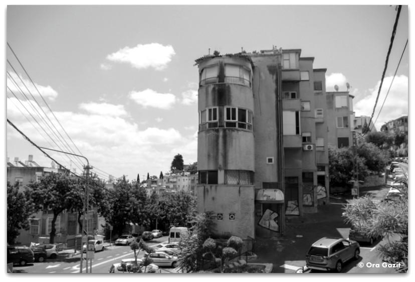 בית בסגנון בינלאומי - שכונת הדר - מה לעשות בחיפה - מסלול 1000 המדרגות