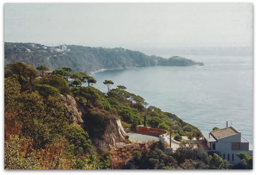 נוף ים ומפרצים - טיול משפחתי בספרד - אסון התאומים