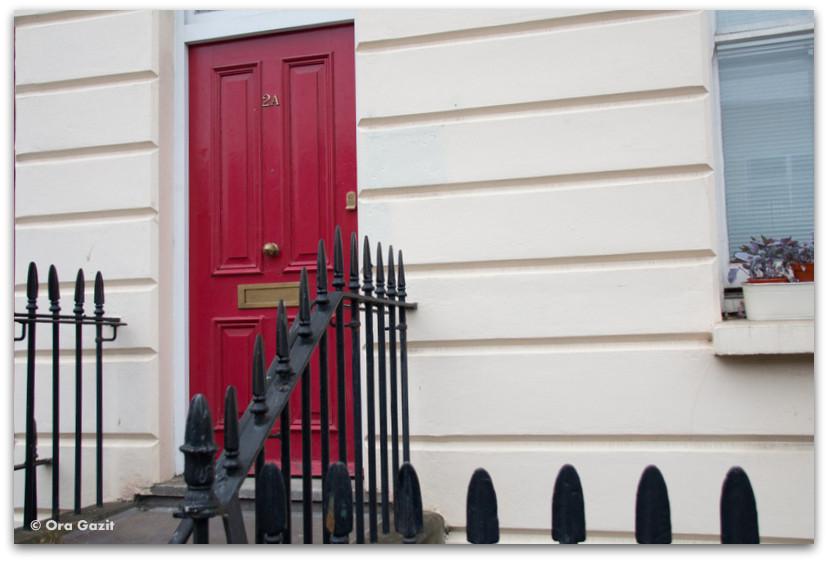דלת אדומה - לונדון - יומן מסע
