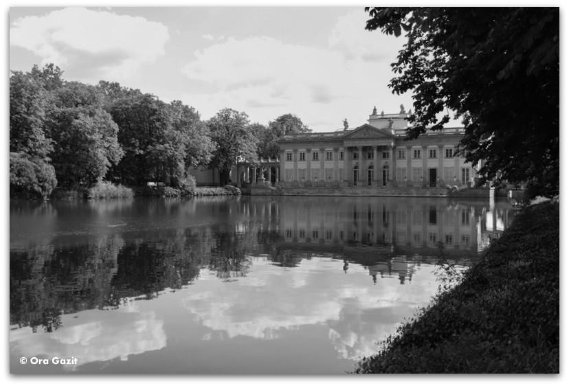 הארמון על האי - ארמון המרחצאות - טיול בורשה - מה לעשות בורשה