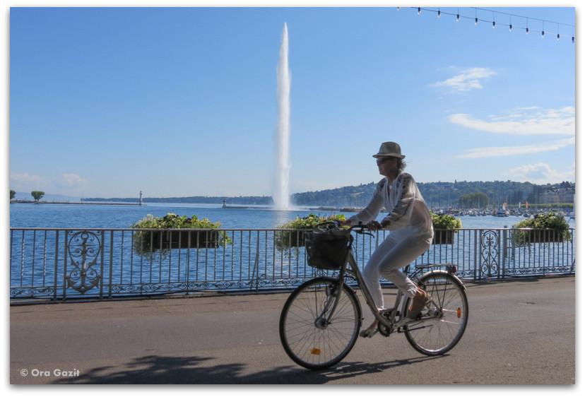 אשה על אופניים - ז'נבה - אטרקציות בחינם