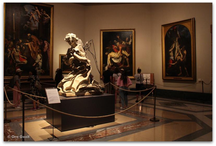 פסל - הוותיקן - רומא עם ילדים, איטליה