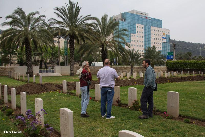 בית הקברות הבריטי חיפה - שביל חיפה - טרק - טיול בחיפה