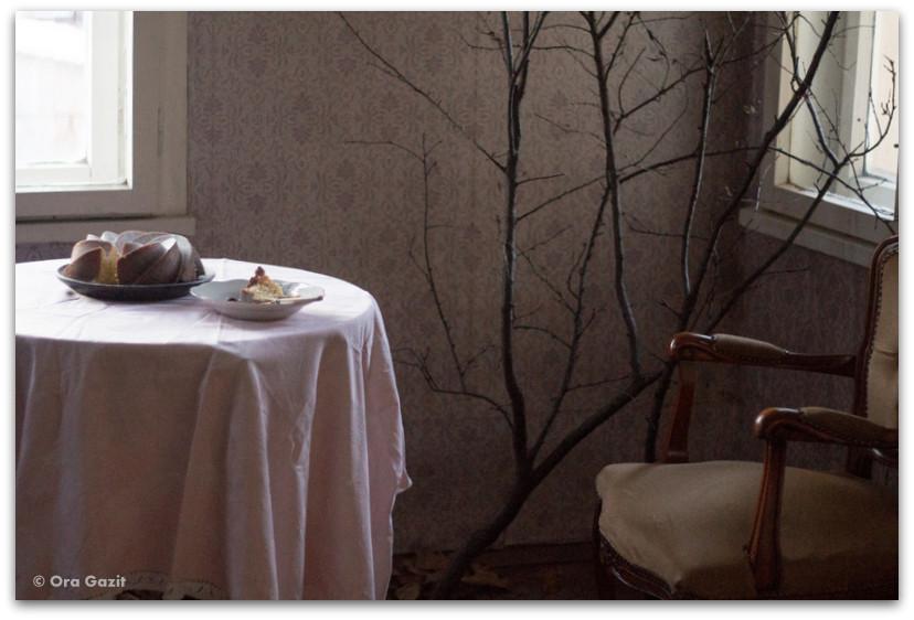 שולחן ועליו עוגת יום הולדת - מתנות ליום הולדת