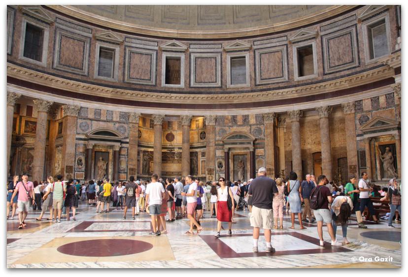 הפנתיאון ברומא - רומא עם ילדים, איטליה