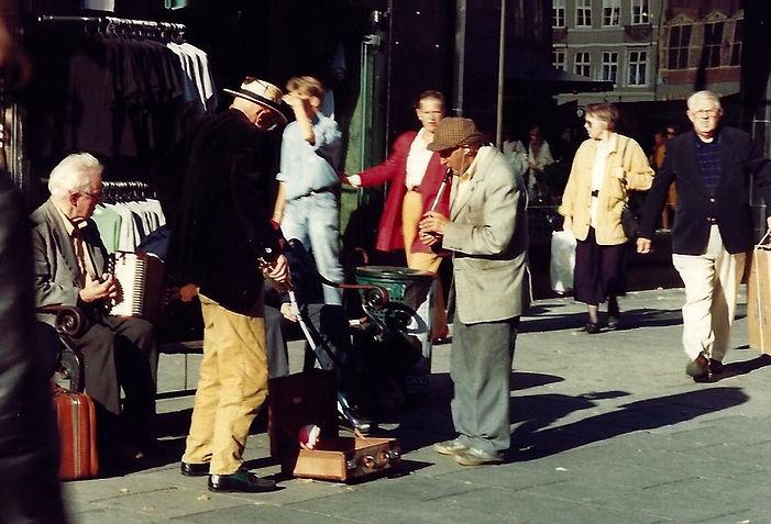 נגני רחוב, קופנהגן - יומן מסע - טיול אחרי צבא