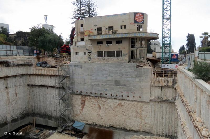 אתר בניה - שביל חיפה - טרק - טיול בחיפה