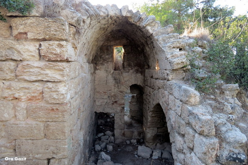 מבצר צלבני - שביל חיפה - טרק - טיול בחיפה