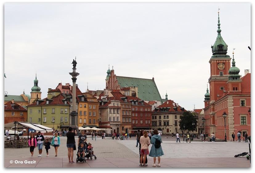 העיר העתיקה בורשה - טיול בורשה - מה לעשות בורשה
