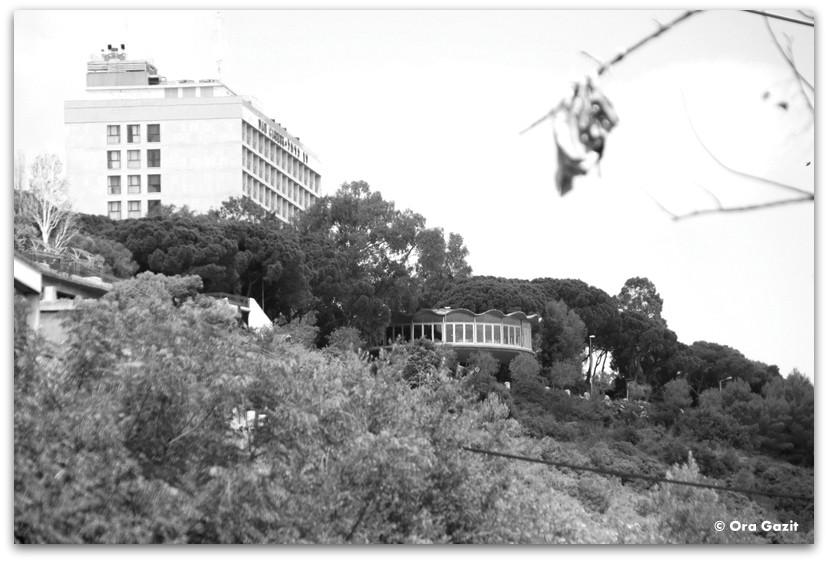 הרונדו ומלון דן כרמל - מה לעשות בחיפה - מסלול 1000 המדרגות