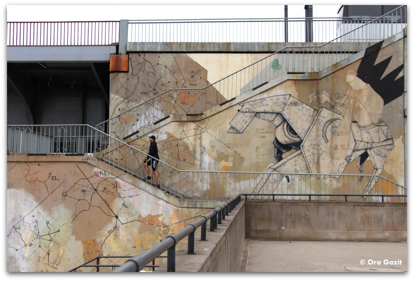 אמנות רחוב ורשה - טיול בורשה - מה לעשות בורשה