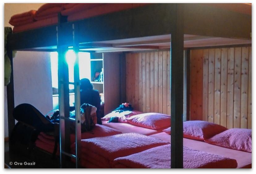 חדר בפנסיון - טרק - סובב מון בלאן - יומן מסע