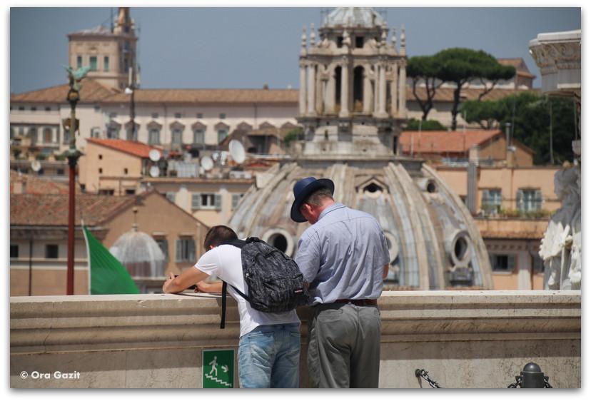 תצפית על העיר - רומא עם ילדים, איטליה