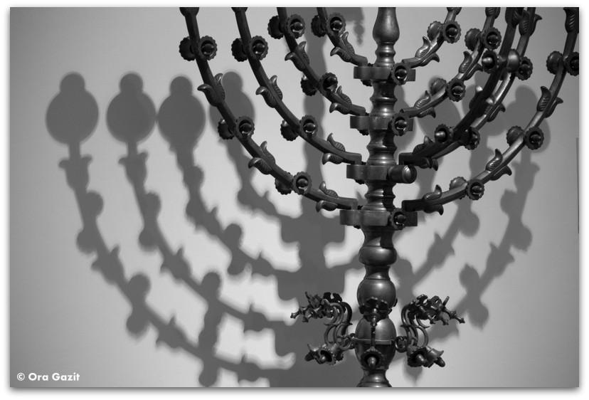 מנורה - בית הכנסת הגדול בבודפשט