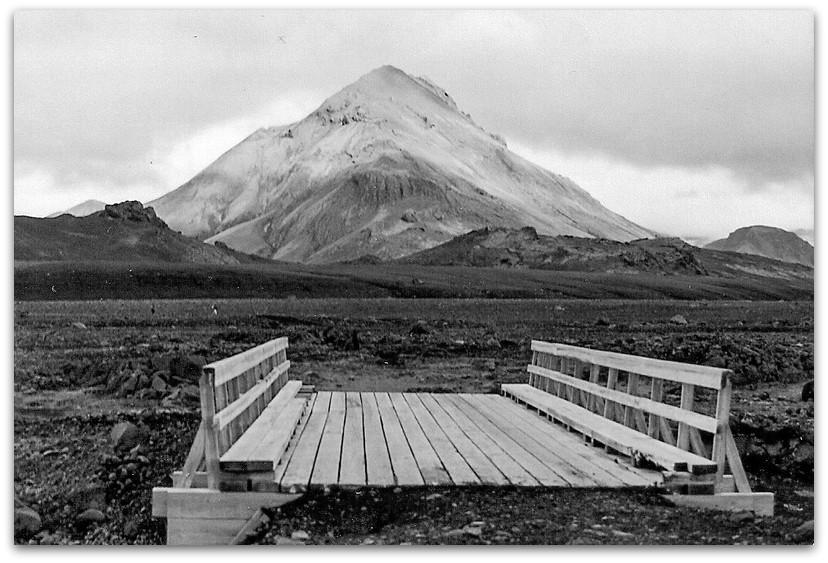 גשר - טרק - לנדמנלאוגר - איסלנד