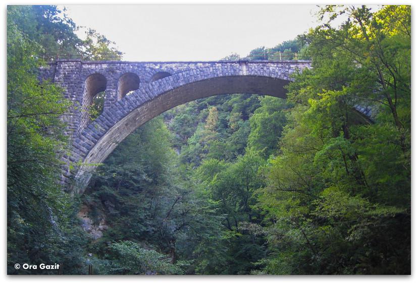 גשר בקניון וינטגאר, סלובניה