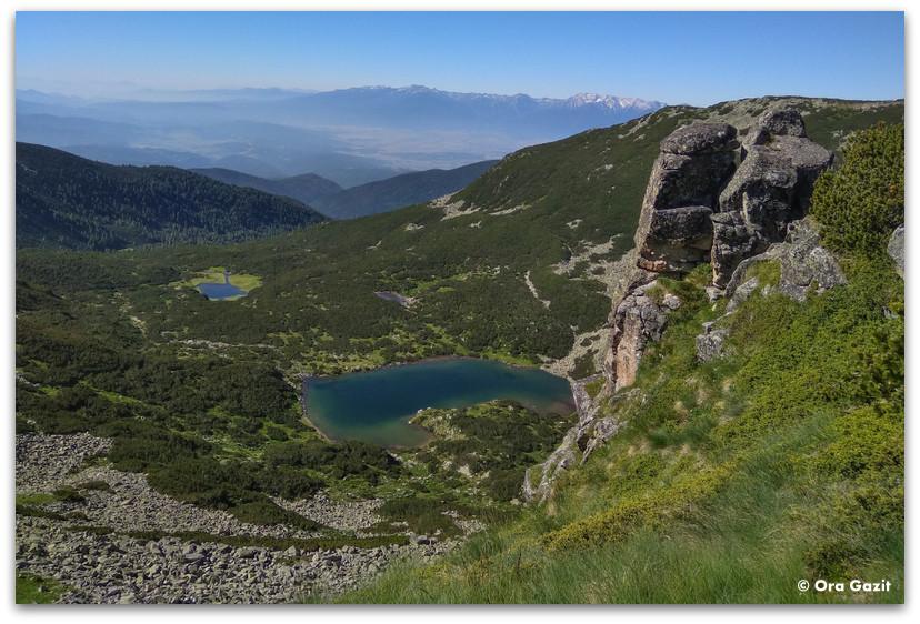 צילום נוף - אגמים - בקתת הרים - טרק הרי רילה - טרקים בבולגריה - יומן מסע